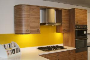 glass splashback yellow kitchen peterlee myglazing ggf