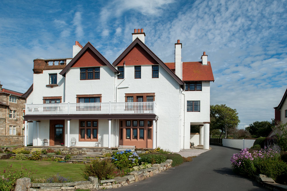 mokoia house case study masterframe scotia double glazing