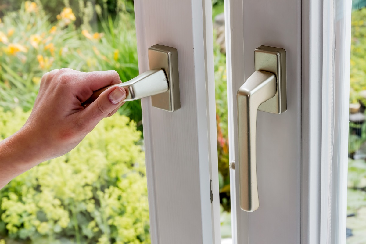 energy efficient door hardware glazing window handle