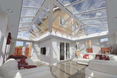 Conservatory with solar control glass by GGF Member